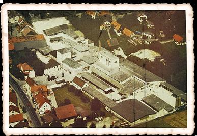 Gebäude der Quarzsandwerke Weissenbrunn